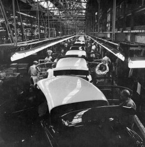 The assembly line at the Chrysler plant in Windsor, similar to how the assembly line worked at the Old Works Company| Ontario| Courtesy of Flickr images